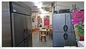 入口の冷蔵庫@ラーメン壱番亭