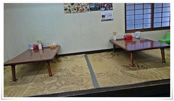 テーブル席@久留米ラーメン 宝龍