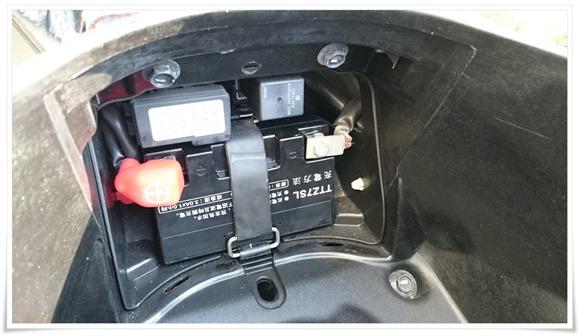 バッテリー取り付け完了@PCX125