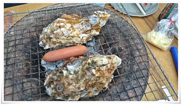 特大サイズのカキ@牡蠣の平尾